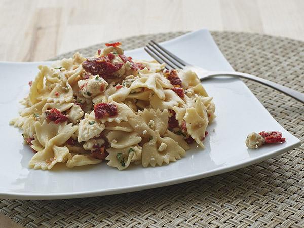 Bowtie pasta with Gorgonzola G&G