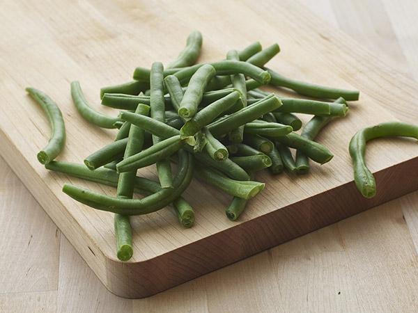 Cut String Beans