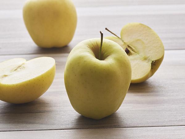 Apples Golden Delici