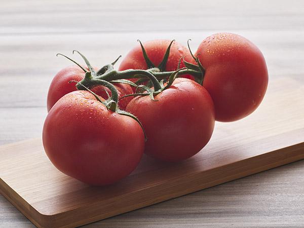 Tomatoes Stem