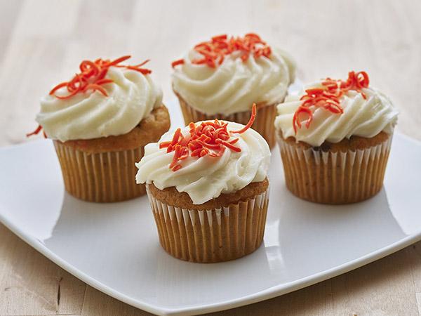 Sweet Sam's Cupcakes Carrot Creamcheese